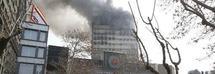 """Crolla palazzo di 17 piani, 30 Vigili del Fuoco morti. """"Tra altri 50 e 100 sotto le macerie"""""""
