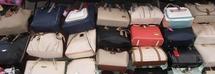 Compra borse firmate online e le rivende dopo aver restituito le copie alle aziende