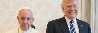 Il Papa e Trump: il volto di Bergoglio resta serio e i social si scatenano
