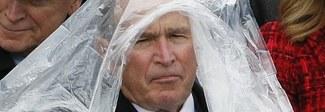 Inauguration day, il vento gioca un brutto scherzo a George W. Bush