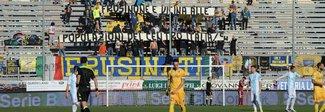 Frosinone sconfitto al fotofinish, il Verona cade a Latina. Spal seconda