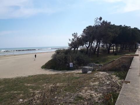 Da Spoltore a Francavilla: strade e spiagge deserte in una strana ...