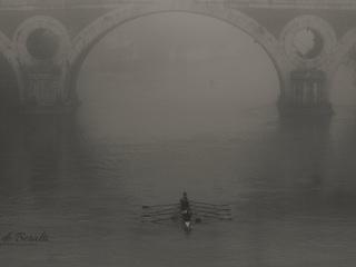 I canoisti e la nebbia