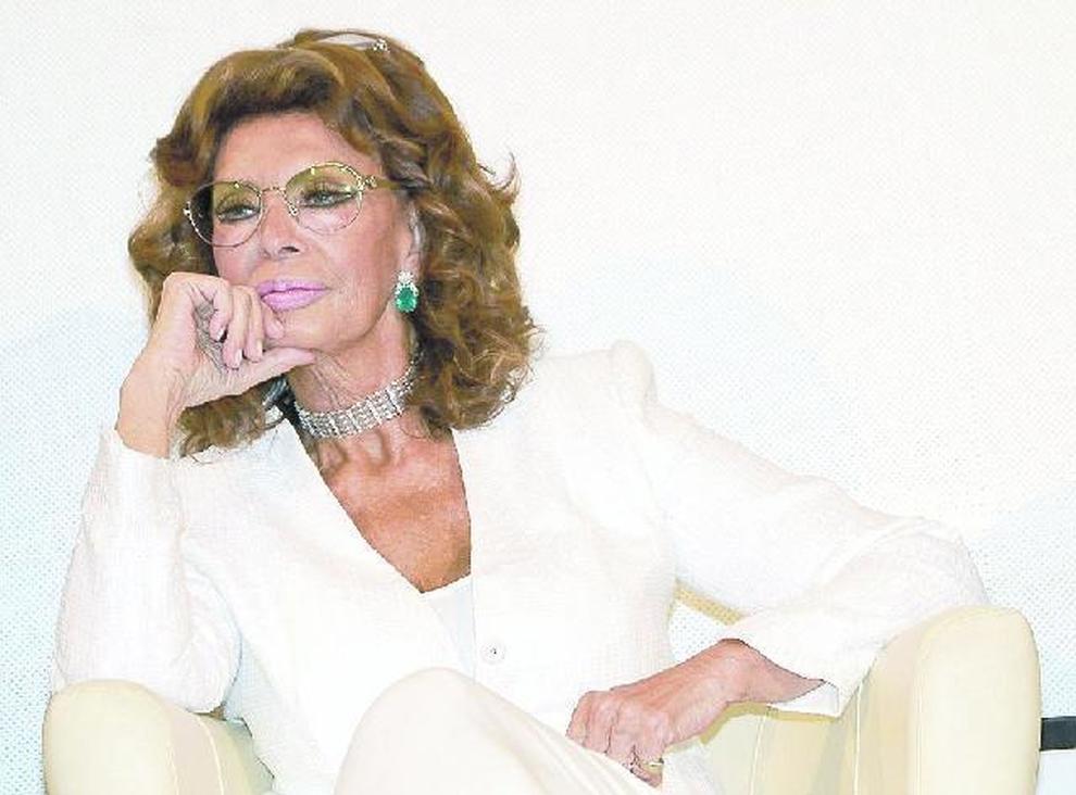 «Donne a Napoli, ecco perché stare lontani dalle posillipine»