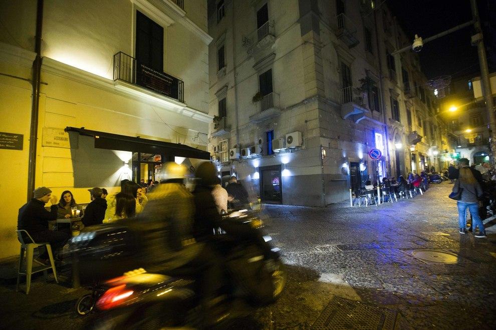 Baretti di chiaia ancora violenza due giovani aggrediti for Il mattino di napoli cronaca