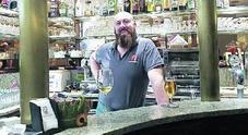 Le serrande si abbassano: chiude il bar New Caffi di Monica e Stefano Chiatti