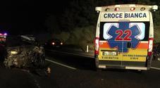 Carambola mortale in autostrada: scontro tra 7 auto, muore 62enne