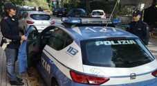 Sorpresi a rubare nelle auto parcheggiate: due ragazzini nei guai