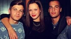 Giorgia Diral, l'unica sopravvissuta all'incidente di Jesolo, insieme agli amici scomparsi: con Eleonora Scarton a sinistra, con Leonardo Girardi e Giovanni Mattiuzzo a destra
