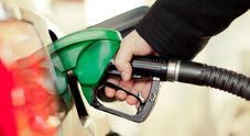 Benzina, ritocchi al rialzo per Eni, Tamoil, Ip e Q8. Prezzo medio rimane stabile