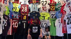 Messi, una collezione di maglie e trofei da museo