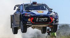 WRC, in Portogallo Ostberg (Ford Fiesta) e Neuville (hyundai i20) in testa dopo la 1^ crono
