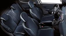 Alcantara rende ancora più fashion la Lancia Ypsilon Mya con degli interni dal sapore artigianale