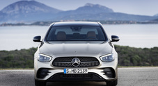 Mercedes Classe E, la berlina della Stella si evolve ancora