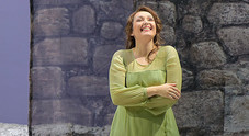 """La mezzosoprano Alunni: """"Pensavo alla psicomotricità, poi ho puntato sulla lirica"""""""