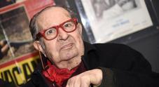 Il regista Tinto Brass dimesso dall'ospedale: «Continua la mia gioia di vivere»