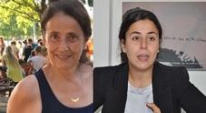 Donatella e Lara: «Sei disordinata», «E tu mamma, troppo puntigliosa»