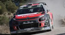 Rally Catalunya, Meeke (Citroen C3) balza in testa. Le Ford di Ogier e Tanak inseguono