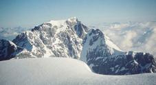 Valanga travolge due scialpinisti  sull'Ortles: uno ferito in ospedale