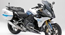 """BMW R 1200 RS ConnectedRide: la moto che """"dialoga"""" con gli altri mezzi per prevenire gli incidenti"""