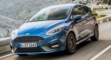 Ford Fiesta ST, grinta hot-hatch e divertimento sicuro con il nuovo 1.5 tre cilindri da 200 cv