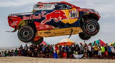 Dakar 2018, doppietta Toyota nella prima tappa. Al Attiyah domina con il suo Hilux