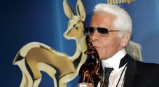 Morto Karl Lagerfeld, chi era il leggendario stilista
