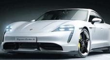 Porsche, ecco la Taycan. Investimento da sei miliardi di euro nell'elettrico