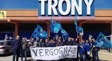 """Trony fallito, 500 lavoratori a rischio: """"Siamo nel panico"""" 43 negozi chiusi in Italia"""