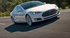 Tesla S, la super elettrica americana: prova per tutti sulle strade di Rapallo