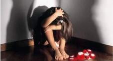 Violentata dal patrigno quando aveva meno di 10 anni: condannato