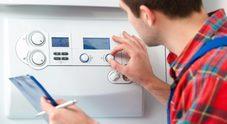 Il ladro: «Sono il tecnico dei termosifoni». Entra e le ruba orologi e gioielli