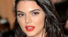 Kendall Jenner choc  pubblicato il suo indirizzo si ritrova uno stalker in casa