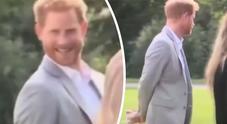Il principe Harry e il siparietto durante l'evento benefico di Meghan: cosa ha combinato