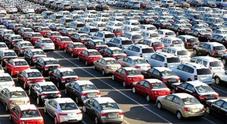 Mercato auto, la Germania limita i danni: -37,7% in marzo