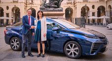 Toyota, la sindaca Appendino tester d'eccezione per la Mirai ad idrogeno