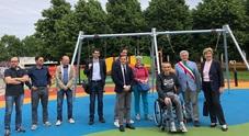 L'inaugurazione della nuova zona giochi nel parco Ardito Desio in via Val d'Arzino a Udine L'area, che ha una superficie di circa 360 mq, è stata pensata per essere inclusiva, quindi accessibile a tutti gli utenti, compresi i bambini che presentano