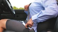 La Cassazione: in caso di incidente per passeggeri senza cintura paga anche chi guida