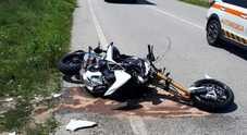 Motociclista padovano sbanda e cade  sul Montello: morto sul colpo