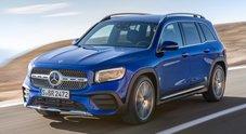Mercedes GLB, a fine anno arriva il Suv compatto della Stella. Motori 4 cilindri, MBUX e Energizer