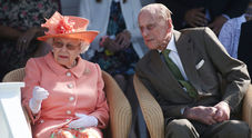 «Il principe Filippo è morto», la bufala in rete fa infuriare la regina Elisabetta