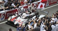 Toyota, ancora una doppietta alla 24 Ore di Le Mans, Alonso fa il bis. Domina la Ferrari tra le GTE