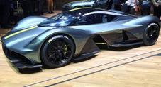 Aston Martin stupisce a Ginevra con Valkyrie, la racing car da strada