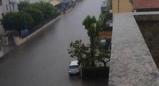 Bomba d'acqua sulla città: la statale Adriatica si trasforma in un canale