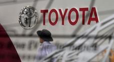 Toyota, rivede a livelli record stime utili e fatturato. Vantaggi fiscali in Usa e yen debole spingono vendite