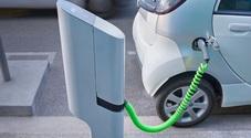 Auto elettrica, +89% vendite in Italia nel 2018. Politecnico Milano: nel 2024 parità di prezzo con benzina