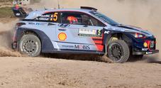 Neuville (Hyundai) scatta in testa al rally di Sardegna, ad una incollatura Tanak e Sordo. Ogier 5°