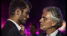 """Andrea Bocelli, il nuovo album """"Sì"""": «Duetto con mio figlio e racconto tutta la mia felicità»"""