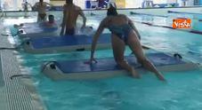 Federica Pellegrini, il riscaldamento in piscina la mette a dura prova