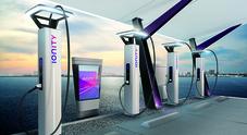 Mobilità elettrica, i piani di Volkswagen e Ionity per espandere l'infrastruttura di ricarica europea